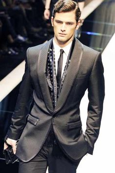 How to Dress Well Men | ... . People respect a well-dressedman, man who is dressed for success