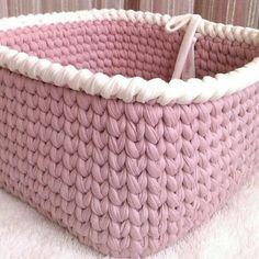 Crochet Bowl, Crochet Diy, Crochet Quilt Pattern, Crochet Patterns, Crochet Basket Pattern, Cotton Cord, Crochet T Shirts, Knit Basket, Weaving Textiles
