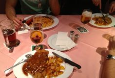 3 different courses.  All are brown.  2 different drinks.  Both a brown.  What I am getting at is that German food is brown.