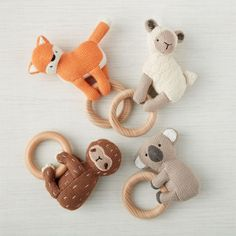 Dealing with those baby teeth is never easy, but our Huggable Teething Rattle are here to offer some much needed assistance. Handgemachtes Baby, Baby Toys, Baby Shower Gifts, Baby Gifts, Montessori Toys, Baby Rattle, Boho Baby, Handmade Baby, Gifts For Boys