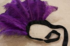 Love how luxurious the feathers and satin-y ribbon looks. Certainly fit for an empress. Disneyland Halloween Costumes, Cartoon Costumes, Disney Halloween Costumes, Cool Costumes, Costume Ideas, Disney Villians Costume, Villain Costumes, Halloween Villain, Happy Halloween