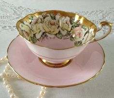 Stunning Rose Paragon China Tea Cup & by NicerThanNewVintage Tea Cup Set, My Cup Of Tea, Tea Cup Saucer, Antique Tea Cups, Vintage Teacups, Vintage China, China Tea Sets, Teapots And Cups, High Tea
