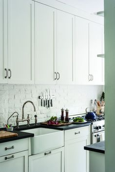 Ann DeSaussure Davidson Brooklyn Galley Kitchen | Remodelista
