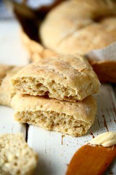 Kaurareikäleipä - Suklaapossu Bread Baking, Hamburger, Food And Drink, Recipes, Baking, Burgers, Ripped Recipes, Cooking Recipes