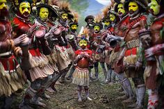 Huli Tribe, Central Highlands, Papua New Guinea - Timothy Allen