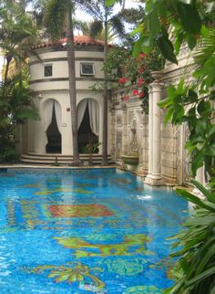 Pool bottom - Villa Versace, Miami