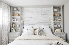 Home Decor Habitacion 95 Rustic Master Bedroom Farmhouse Style Remodel Ideas Decor Habitacion 95 Rustic Master Bedroom Farmhouse Style Remodel Ideas Farmhouse Master Bedroom, Master Bedroom Design, Home Decor Bedroom, Bedroom Furniture, Bedroom Designs, Master Suite, White Rustic Bedroom, All White Bedroom, Modern Master Bedroom