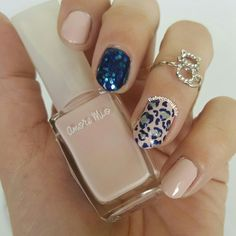 "هذه #أظافر اليوم  Valentine Nail Art: Heart Leopard Nails using Samoa-Amore Mio #69 in ""Get Naked"""