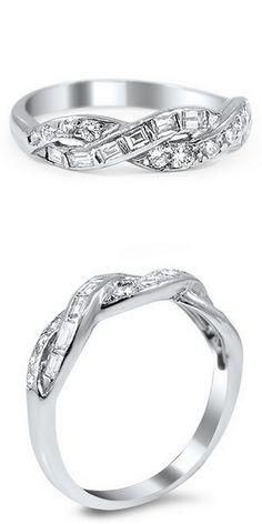 Una Platinum Ring