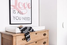 My little girl's bedroom - VALÉRIE DE L'ÉTOILE INTERIOR DESIGNER