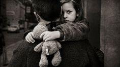 Cum recunosti un parinte toxic? Tu stii? Majoritatea parintilor manifesta cele mai bune intentii vizavi de cresterea propriilor copii.