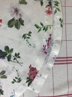 곡선 부분 재봉 팁 : 네이버 블로그 Tandoori Masala, Sewing Tutorials, Homemade, Hats, Gardening, Dress, Sewing Techniques, Pattern Cutting, Home Made