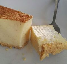 Banting Milk Tart - This Banting milk tart recipe only takes 15 minutes to make, producing a delicious, healthy sugar free milk tart Sugar Free Recipes, Milk Recipes, Tart Recipes, Dessert Recipes, Custard Recipes, Banting Desserts, Banting Recipes, Low Carb Recipes, Halal Recipes