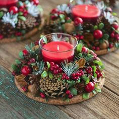 Simple And Popular Christmas Decorations; Christmas Decor DIY The post Simple And Popular Christmas Decorations appeared first on Dekoration. Christmas Candle Decorations, Christmas Candles, Rustic Christmas, Christmas Themes, Christmas Wreaths, Table Decorations, Christmas Flowers, Holiday Ideas, Advent Wreaths