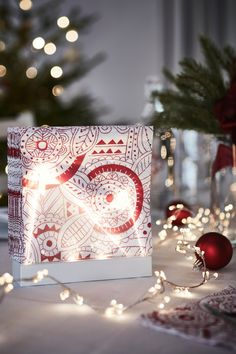 With each new year come new interior trends and crages to consider and even reconsider, so that you Ikea Christmas, Christmas 2019, Christmas Crafts, November 2019, Blue Tones, Christmas Pictures, Paper Napkins, Led, The Fresh