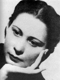 Julia De Burgos- Poet of my Heart Ap Spanish, How To Speak Spanish, Puerto Rican People, Marguerite Duras, Female Poets, Puerto Rican Culture, American Poets, Book Writer, Puerto Ricans