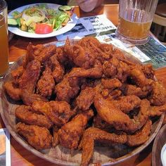 Make our Hooters Buffalo Chicken Wings Recipe at home for you next party or football game. Our Secret Recipe tastes just like Hooters' Wings Hooters Wings Recipe, Hot Wings Recipe Fried, Buffalo Hot Wings Recipe, Pollo Buffalo, Buffalo Chicken, Frango Chicken, Chicken Wing Recipes, Recipe Chicken, Snacks