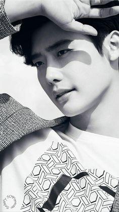 Lee Jong Suk Wallpaper ♥️