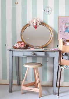 Ideeen meidenkamer #girlsroom #ideas #makeup | Styling Kinderkamerstylist.nl