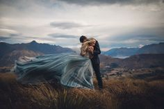 The 50 Most Beautiful Wedding Photos From Junebug Weddings In 2017 Couple Photography, Engagement Photography, Wedding Photography, Photography Poses, Photo Couple, Couple Shoot, Shooting Photo, Belle Photo, Wedding Pictures
