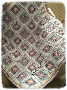 Çok güzel Crochet Afgans, Baby Afghan Crochet, Crochet Quilt, Crochet Blocks, Manta Crochet, Crochet Squares, Crochet Motif, Crochet Cushion Cover, Crochet Cushions