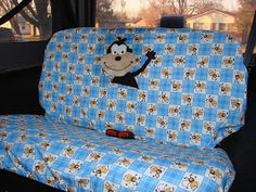 DIY seat cover for our new Jeep - Diy Sewing Projects Truck Seat Covers, Bench Seat Covers, Car Seats, Diy Bench Seat, Old Bed Sheets, Car Seat Protector, Sewing Stuffed Animals, Diy Sewing Projects, Sewing Ideas