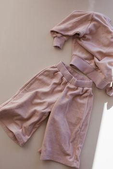 the exclusive pant - lilac Fashion Brand, Lilac, Pants, Style, Dress, Trouser Pants, Swag, Fashion Branding, Syringa Vulgaris