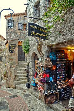 Èze Village, Côte d'Azur, France  (by Cervusvir on Flickr)  ᘡղbᘠ