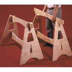 Wood Magazine - Woodworking Project Paper Plan to Build Knockdown Sawhorses Learn Woodworking, Easy Woodworking Projects, Popular Woodworking, Woodworking Furniture, Diy Wood Projects, Woodworking Plans, Wood Crafts, Woodworking Patterns, Custom Woodworking