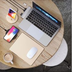 Satechi Type-C Pro Hub, Lightning Stand, Wireless Charher, and Mouse Pad