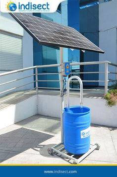 El bombeo de agua solar es una alternativa segura, económica y sustentable, que permite incorporar la energía del sol para su funcionamiento, dejando atrás el uso de combustibles o luz eléctrica. Bombeo Solar, Park, Solar Powered Water Pump, Water Bombs, Electric Light, Parks
