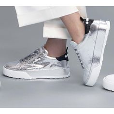 56b7ba17142e5 A sleek silver metallic feel on the #HOGAN #H320 #sneakers Join the #