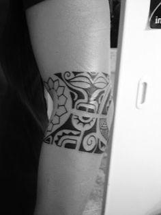 Toop Tattoo: Tatuaje Brazalete Maori en freehand Alicante tatuaje