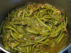 How to Cook Fresh Green Beans.  Paula Deen's Delicious Recipe