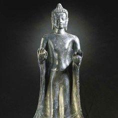 South and Southeast Asian Paintings and Sculpture Black Buddha, Standing Buddha, Thailand Art, Thai Art, Buddha Art, Angkor, Asian Art, Buddhism, Old Photos