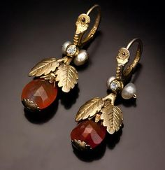 Rare Georgian Era Earrings circa A pair of Russian gilded silver, faceted amber, paste and fresh water pearl pendant earrings made in the last Ear Jewelry, Jewelry Gifts, Gold Jewelry, Jewelery, Antique Earrings, Antique Jewelry, Vintage Jewelry, Victorian Jewelry, Vintage Rings