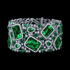 Best Diamond Bracelets : Robert PROCOP Parisian Collection Impressive Emerald and Diamond Deco Bracel Emerald Jewelry, Diamond Jewelry, Best Diamond, Diamond Bracelets, Ankle Bracelets, Diamond Are A Girls Best Friend, Vintage Jewelry, Vintage Rings, Fine Jewelry