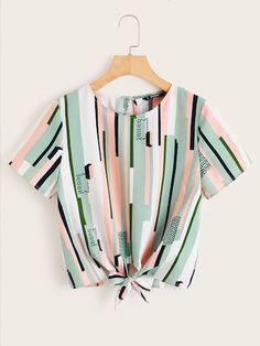 To find out about the Knot Hem Mixed Print Top at SHEIN, part of our latest Blouses ready to shop online today! Girls Fashion Clothes, Teen Fashion Outfits, Look Fashion, Trendy Fashion, Girl Fashion, Fashion Styles, Crop Top Outfits, Cute Casual Outfits, Stylish Outfits
