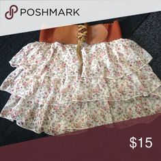 Summer skirt Very cute summer skirt, light and really nice for hot weather. Skirts