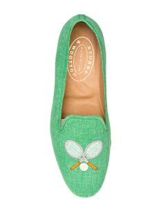From gingham peep toe pumps to a classic pair of Jack Rogers sandals, these heels, flats, and sandals are mainstays of every preppy woman's closet. Tennis Shoes Outfit, Tennis Clothes, Nike Clothes, Tennis Fashion, Fashion Shoes, Women's Fashion, Jack Rogers Sandals, Pretty Shoes, Dream Shoes