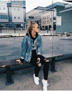 denim-jacket-ripped-jeans