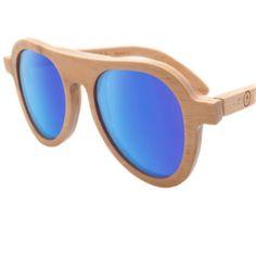 Boreas Teca de Cardinal Eyewear Estas Gafas de Sol son Fabricadas en Madera Teca. Trabajadas en 4 Capas.   Las Micas son Carl Zeiss con Protección UV UVA y Polarizadas.  #zocoshop