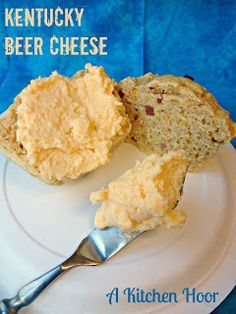 A Kitchen Hoor's Adventures: Kentucky Beer Cheese. This is a variation on the original beer cheese recipe. Beer Recipes, Cheese Recipes, Cooking Recipes, Kentucky Beer Cheese Recipe, Beer Cheese Spread Recipe, Mayonnaise, Ketchup, Kentucky Derby Food, Snacks