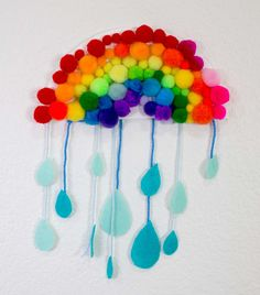 Want an easy Rainy Day Rainbow Craft for the kids that they will love to have hanging around the house or the classroom. It teaches the colors of the rainbow in a memorable way. Rainy Day Crafts, Spring Crafts For Kids, Crafts For Kids To Make, Rainbow Crafts Preschool, Rainbow Activities, Rainy Day Activities, Learning Activities, Rainbow Paper, Rainbow Art
