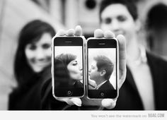 Humans love human, human loves technology and technology loves lovely pictures.  ❤ | 25karats.com