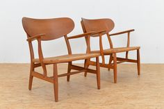 Mid-Century CH22 Lounge Chairs by Hans J. Wegner for Carl Hansen, Set of 2 1