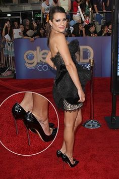 Top 10 Shocking Celebrity Wardrobe Malfunctions - Part 2 ...