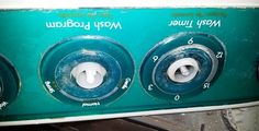 Cambio de timer y regulador de una lavadora LG WP-701N - Primero desmonté la pieza dende están hubicados  los controles