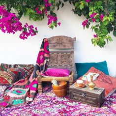 boho hippie garden and outdoor life Bohemian Furniture, Bohemian Interior, Home Interior, Bohemian Decor, Bohemian Style, Bohemian Lifestyle, Bohemian Living, Interior Design, Hippie Garden