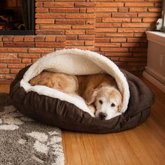 This Cozy Cave Pet Bed is a gift your pup will adore. The poly-cotton blend will provide a snuggly spot that will make your furry friend very happy. Features an easy-clean cover.